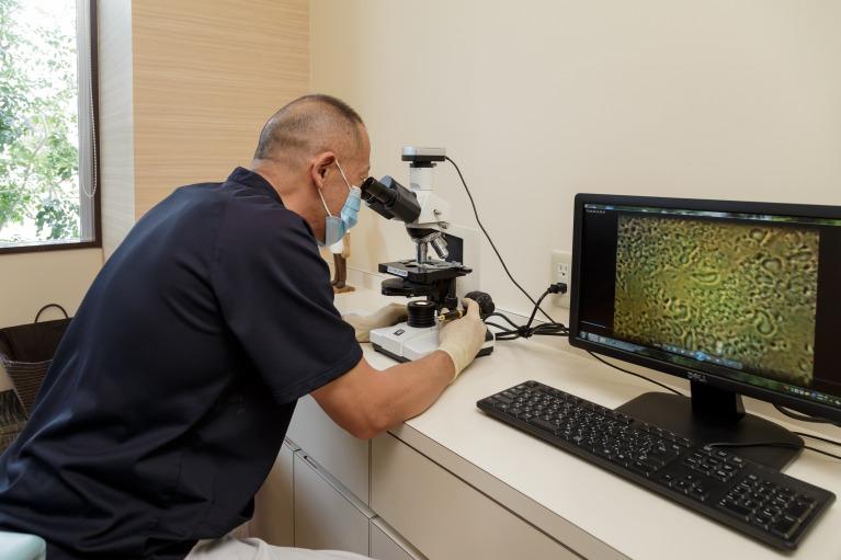 顕微鏡による歯周病菌検査